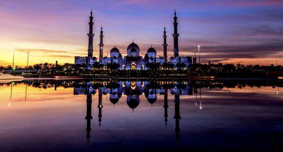 Sheikh_Zayed_grand_mosque_01.jpg